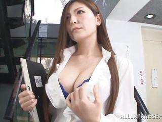 Скачать порно большие сиськи молодые