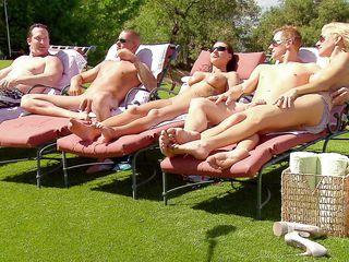 секс голых свингеров